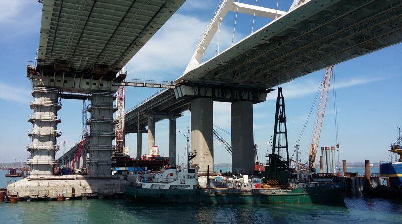 Крымский мост на 04 мая 2018
