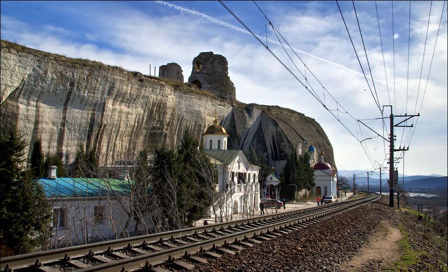 Инкерманский Свято-Климентовский пещерный мужской монастырь 2