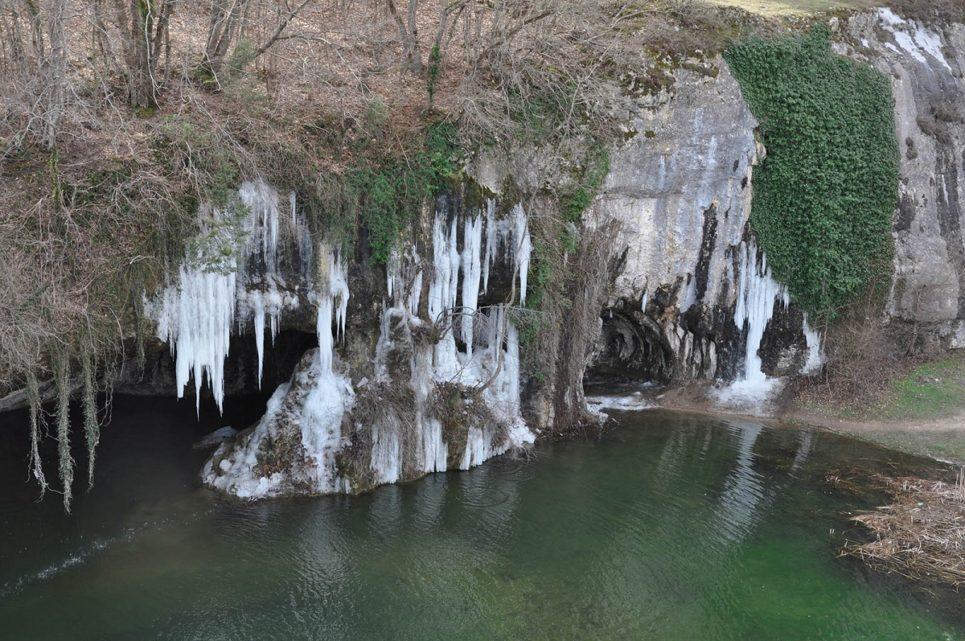 Водопад Мердвен Тобе и грот Коба Чаир